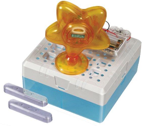 Иллюстрация 1 из 3 для Удивительный цифровой будильник (38805)   Лабиринт - игрушки. Источник: Лабиринт