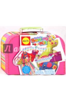 Мой первый набор Все для шитья (195WN)Шитье, вязание<br>Удобный яркий чемоданчик, в котором есть все необходимое, чтобы научиться шить.<br>В наборе: 8 разных цветов шелка для вышивания, формы животных, наполнитель, ткань, набор игл, ножницы, линейка для ленты, наперсток, подушечка для игл, кнопки, мягкая полоска, сумка. <br>Размер сумки: 25х18х8 см.<br>Для детей от 7-ми лет. Содержит мелкие детали.<br>Производитель: Китай.<br>