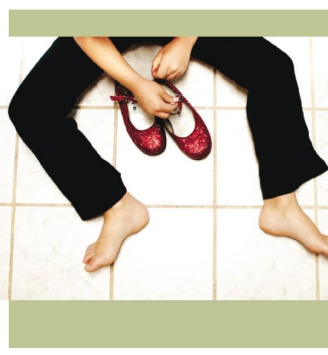 Иллюстрация 1 из 69 для Эмоциональная фотография. Как делать снимки от всего сердца и делиться своими чувствами - Кларк, Робертс, Шер, Инглис, Сара-Джи, Уилсон, Нам, Бальцер, Уэлронд, Лемен | Лабиринт - книги. Источник: Лабиринт