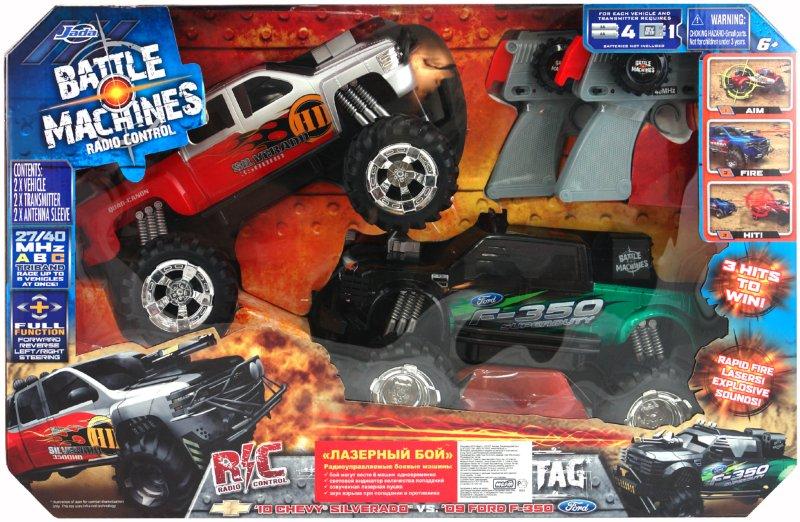 Иллюстрация 1 из 2 для Боевые джипы Ford F-350 & Chevy Silverado 3500, зеленый \ красный (84046)   Лабиринт - игрушки. Источник: Лабиринт
