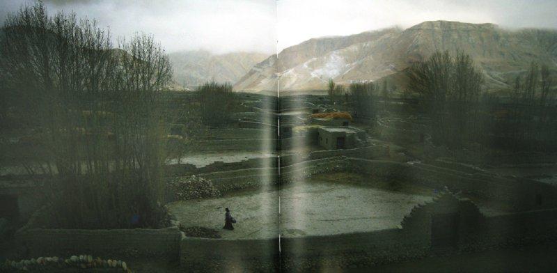 Иллюстрация 1 из 3 для Мустанг - королевство Ло на границе времен - Нина Самсонадзе   Лабиринт - книги. Источник: Лабиринт