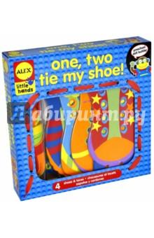 Игрушка-шнуровка Раз, два, зашнуруй меня (1457)Шнуровки из картона<br>Четыре яркие забавные фигурки в виде забавных ботиночек с яркими шнурочками - незаменимая игрушка для развития мелкой моторики и обучению ребенка зашнуровыванию обуви и завязыванию разных узелков и бантиков.<br>Для детей от 3-х лет.<br>Производство: Китай.<br>