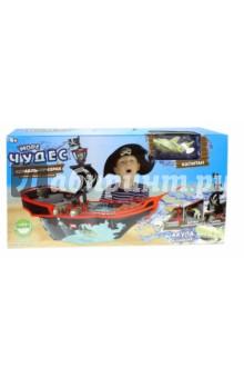 Набор Море Чудес. Корабль-призрак (147261)Другие виды игрушек<br>Вашему вниманию предлагается интерактивный аквариум Корабль призрак. <br>В наборе: аквариум, мачта, нос корабля (2 шт.), бушприт, передняя палуба (бак), перила (6 шт.), средняя палуба (шкафут), задняя палуба (ют) (6 шт.), акула, скелеты (3 шт.), шляпы (2 шт.), бочка, кувшин, боковая сторона средней палубы (2 шт.).<br>Пиратский парус регулируется. <br>Пушки корабля заряжаются и стреляют черепами. <br>На палубе - штурвал и бочка с провиантом. <br>В хвосте акулы моторчик, вращающий винт. Траектория движения игрушки зависит от наклона хвоста.<br>Игрушка работает от 2-х батареек типа ААА (в комплект не входят).<br>Для детей от 4-х лет.<br>Сделано в Китае.<br>