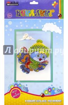 Набор для творчества. Волшебный квиллинг. Снегирь (QW-23)Другие виды конструирования из бумаги<br>Эта замечательная серия отличается от привычных детских книг тем, что дарит каждому ребенку удивительный миг творчества. Она поможет научиться создавать из простых бумажных полосок очень красивые объемные картины. <br>В комплект входят разноцветные бумажные ленты для квиллинга, палочка для накручивания, детали рамки из вспененного полимера на самоклеющейся основе.<br>Состав:  картон, бумага, деревянная палочка.<br>Упаковка: блистер.<br>Для детей от 5 лет.<br>Сделано в Китае.<br>