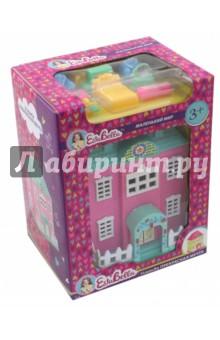 EstaBella. Усадьба Прекрасная Мечта (65773)Аксессуары для кукол<br>Усадьба Прекрасная мечта от компании EstaBella - это потрясающий кукольный домик, с которым девочка сможет долгое время увлеченно играть. У домика есть один основной вход, а также несколько окон. Как двери, так и окна можно открывать и закрывать, что делает домик очень реалистичным. В домик девочка сможет помещать своих любимых кукол.<br>Материал: пластик.<br>Упаковка: картонная коробка.<br>Для детей от 3 лет.<br>Сделано в Китае.<br>