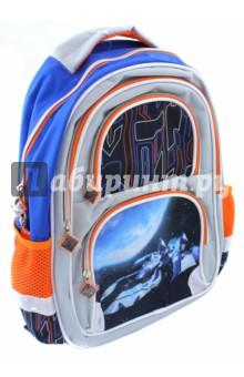 Рюкзак для младших классов Космолет (38х30х14 см) (226399)Ранцы и рюкзаки для начальной школы<br>Рюкзак для начальной школы.<br>Возрастная группа: 7-10 лет<br>Рюкзак имеет:<br>- 1 большое отделение на молнии.<br>- 2 накладных кармана спереди на молнии. <br>- 2 боковых сетчатых кармана.<br>- Ручки для переноски рюкзака в руках.<br>Длина лямок регулируется.<br>EVA спинка.<br>Светоотражающие вставки.<br>Материал: полиэстер 100%<br>Размер: 38х30х14 см.<br>Производство: Китай.<br>