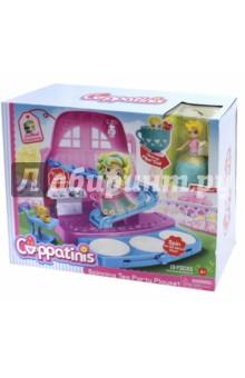 Игровой набор Cuppatinis (Т10611)Куклы<br>Cuppatinis -  это линейка маленьких кукол 2 в 1-ом, трансформирующихся из чашечек для чая в куколок. Это превращает классическое чаепитие в увлекательную игру с куколками. Возрастная группа: девочки от 3-х до 7-ми лет. Всего 6 персонажей. Размер самой куколки - 10 см.  Юбка куколки выполнена из эластичного материала, который легко выворачивается. В набор входит конструкция в виде спуска с элементом для вращения, выдвижной танцпол  с 3-мя вращающимися платформами, на которые можно ставить куколок и одну куколку.<br>19 элементов.<br>Полимерные материалы.<br>Не предназначено детям младше 4 лет.<br>Сделано в Китае.<br>
