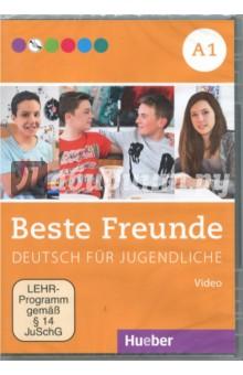Beste Freunde A1 DVDВидеокурсы<br>Die DVD zeigt in sechs kurzen Filmen a ca. drei Minuten Szenen aus dem Alltag deutschsprachiger Jugendlicher.<br>In jedem Film stellt sich ein Jugendlicher vor und ist zu Hause, in der Freizeit, mit der Familie, mit den Freunden oder beim Sport zu erleben - so wird die aktuelle Lebensrealitat in den deutschsprachigen Landern unterhaltsam veranschaulicht.<br>Zusatzlich enthalt die DVD landeskundlich orientierte Dia-Shows uber die bei Jugendlichen in Deutschland beliebtesten Freizeitbeschaftigungen, Sportarten, Schulfacher, Essen, Sehenswurdigkeiten etc. Jede Dia-Show dauert zwischen 2 und 3 Minuten.<br>Produktion: Mingamedia Entertainment GmbH<br>Produktionsleitung: Julia Braun-Podeschwa, Charlotte Habersack<br>Kamera: Holger Kast<br>Ton: Silvio Reichenbach<br>Schnitt: Andreas Budack<br>Idee, Drehbuch und Regie: Julia Braun-Podeschwa, Charlotte Habersack<br>Frmat: DV PAL; 16:9<br>Laufzeit Filmsequenzen: 19 Minuten<br>Laufzeit Diashows: 20 Minuten<br>