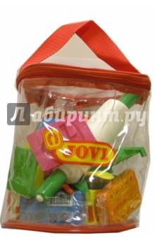 Набор для лепки в сумке-цилиндреНаборы для лепки с игровыми элементами<br>Набор включает 27 необходимых для лепки предметов: пластилин в брусочках - 12 цветов по 50 грамм., инструменты для моделирования: 12 форм, 3 стека, скалка. Набор поставляется в прозрачной пластиковой сумочке.  <br>Состав пластилина: воск, крахмал, белое вазелиновое масло.<br>Состав формочек, стеков, скалки и клеенки: полиэтилен.<br>Для детей от 2-х лет.<br>Сделанов Испании<br>