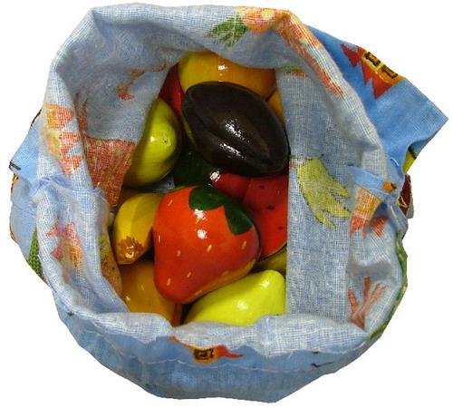Иллюстрация 1 из 4 для Волшебный мешочек: Фрукты, ягоды (цв) | Лабиринт - игрушки. Источник: Лабиринт