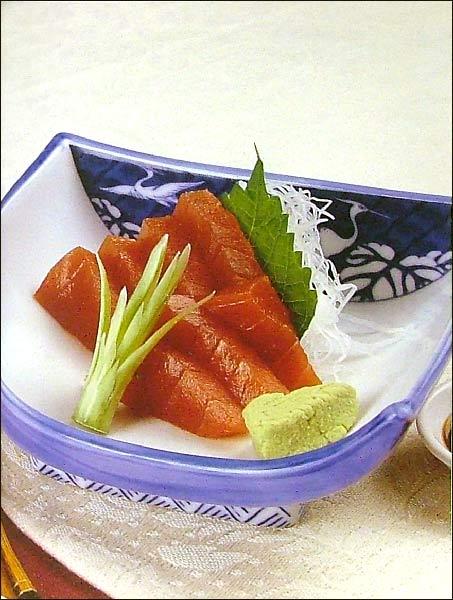 Иллюстрация 1 из 3 для Суши и сашими. Кулинарные фантазии | Лабиринт - книги. Источник: Лабиринт