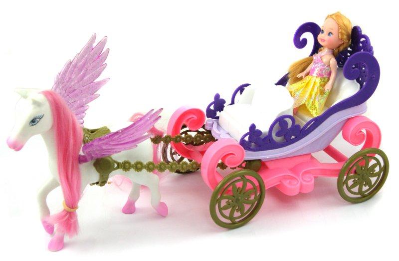 Иллюстрация 1 из 2 для Лошадь-пегас с каретой и куклой (2425А) | Лабиринт - игрушки. Источник: Лабиринт