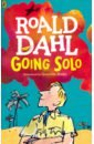 Dahl Roald Going Solo boy and going solo